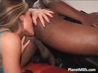 Great looking MILF gets her tiny anus part3