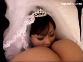 Asian Bride Facesitting MILF