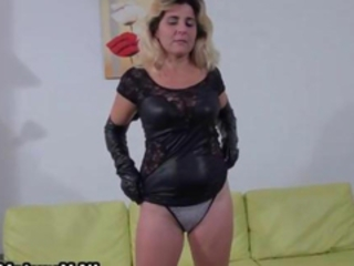Kinky blonde showing