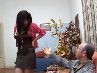 Italien hottie does older man
