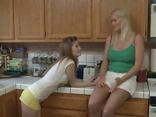 Girlfriend Kitchen Lesbian Teen
