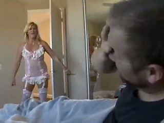 GINGER LYNN DIRTY MOTHER ASSFUCKER troia takes hard cock in the ass all the way tits