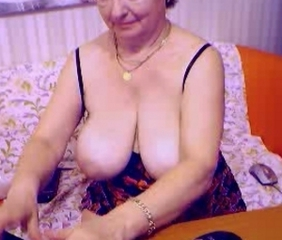 Romanian granny webcam