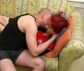 Amateur MILF Mom Old and Young Redhead