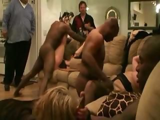 Mature Interracial Fuck Fest