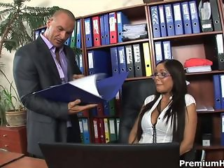 Dream secretary Angelica Heart sucks off and fucks her bold boss cock
