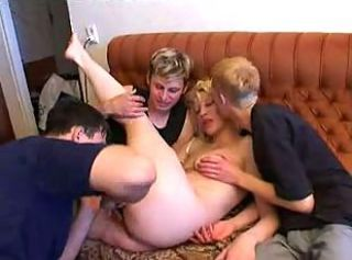 Amateur Family Gangbang Homemade MILF Mom Old and Young