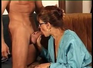 FRENCH MATURE n39 redhead mom with a young man
