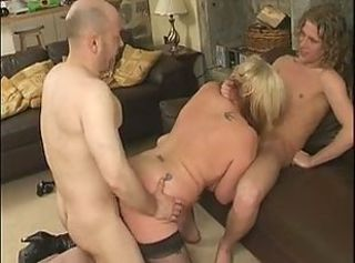 BBW Blowjob Mature Old and Young Threesome