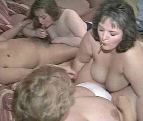 Chubby Groupsex MILF Natural Swingers Wife