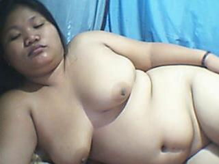 FILIPINA CHUBBY GIRL DOING CAM SHOW FOR ME!