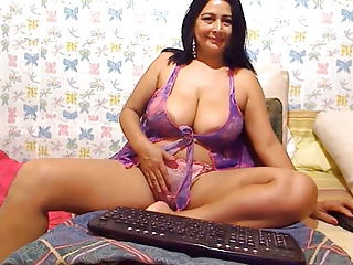 Big Tits Chubby Latina Lingerie Masturbating MILF Natural Solo Webcam