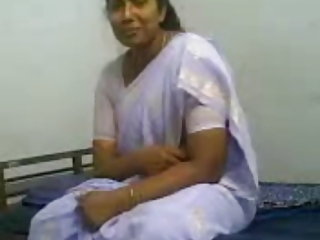 Amateur Homemade Indian MILF