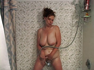 Amateur Bathroom Big Tits Masturbating Mature Natural SaggyTits