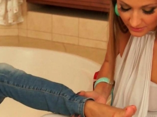 Sexy clothed lesbo gets WAM in the bathtub