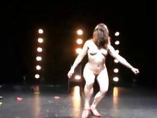 Weird dancing from naked chicks tubes