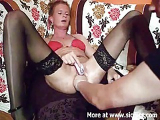 Fist fucking the wifes huge cunt till she squirts tubes