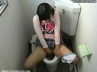 Masturbating Teen Toilet Voyeur