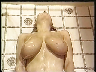 H( o Y o )RAY FOR B( o Y o )BIES - Shower Boobs