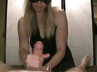Handjob with double Cumshot, one CS is touchless