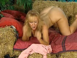 Ass Blonde Farm MILF