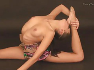 Amazing Erotic Flexible Teen