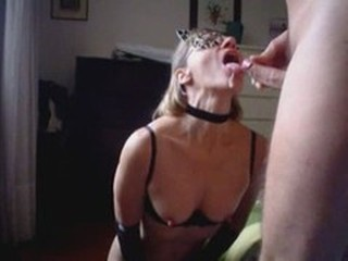 Amateur Cumshot Fetish Homemade Mature Mom Nipples Swallow