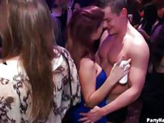 Women give head in this night club tubes