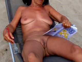 Amateur Beach Mature Nudist Outdoor Pussy Shaved