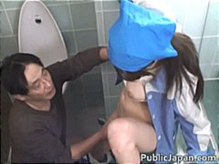Asian maintenance girl goes in wrong part4