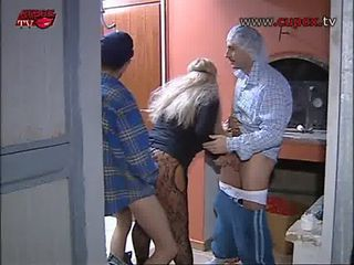 Amateur Doggystyle European Italian MILF Threesome