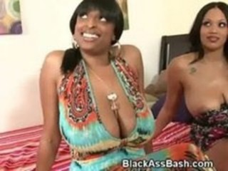 "Big Titty Black Threesome"" target=""_blank"