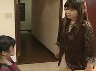 Lesbian leaves the Japanese daughter with the babysitter