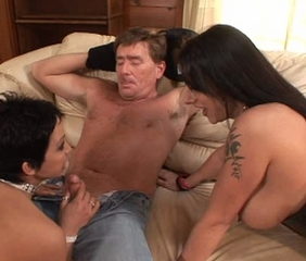 Blowjob Mature Tattoo Threesome