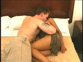 Meeting black pussy in hotel bed