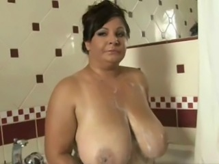 Bathroom BBW Big Tits Mature Natural SaggyTits