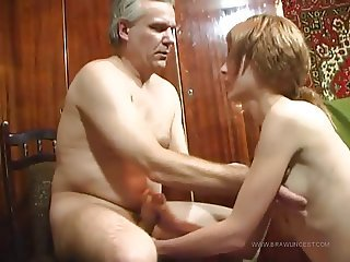 Amateur Daddy Daughter Handjob Homemade Old and Young Teen