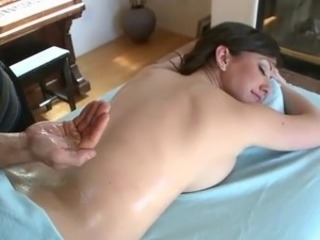 Massage MILF Oiled