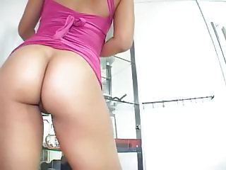 Isis Gets Fucked Until She Squirts
