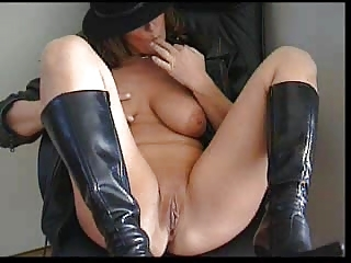 Amateur MILF Pussy SaggyTits Shaved Wife