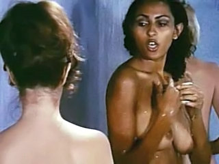 Pam Grier The Big Doll House ...