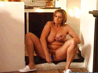 Big Tits Chubby Masturbating Mature Natural Solo Toy Wife