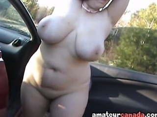 Amateur Big Tits Car Chubby Girlfriend Natural Outdoor SaggyTits