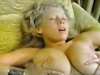 Big Tits Natural Teen Vintage