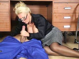 Office Milf wanks off her handymans big jizz tool