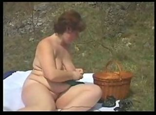 Amateur BBW Girlfriend Outdoor SaggyTits
