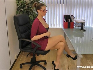 Paige Turnah Boss Strip Tease