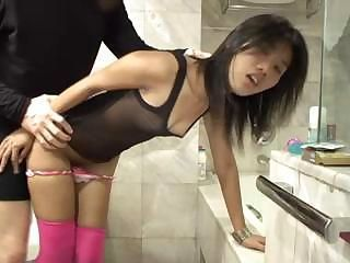 Thai fucktoy Zoe 18 loves cock in her mouth