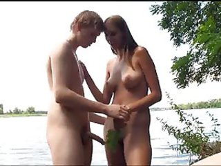 Amateur Beach Girlfriend Nudist Outdoor Teen