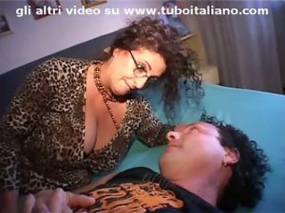 Amateur Big Tits European Glasses Italian MILF Wife
